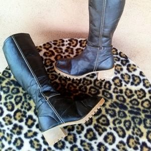 Vintage 1970s Black Crepe Sole Vegan Boots Sz 7 M